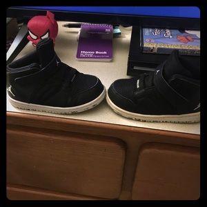 Jorden sneakers toddler size 8